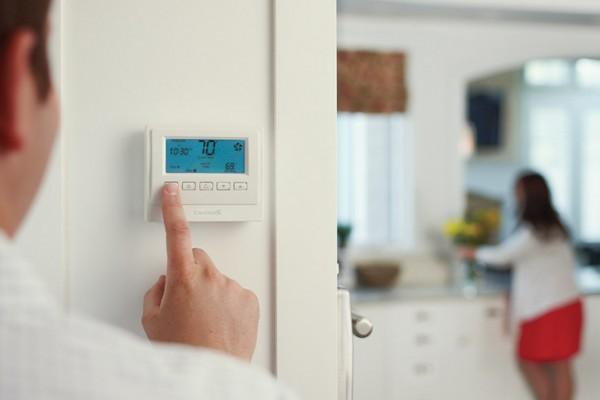 Зачем нужна климатическая техника в доме