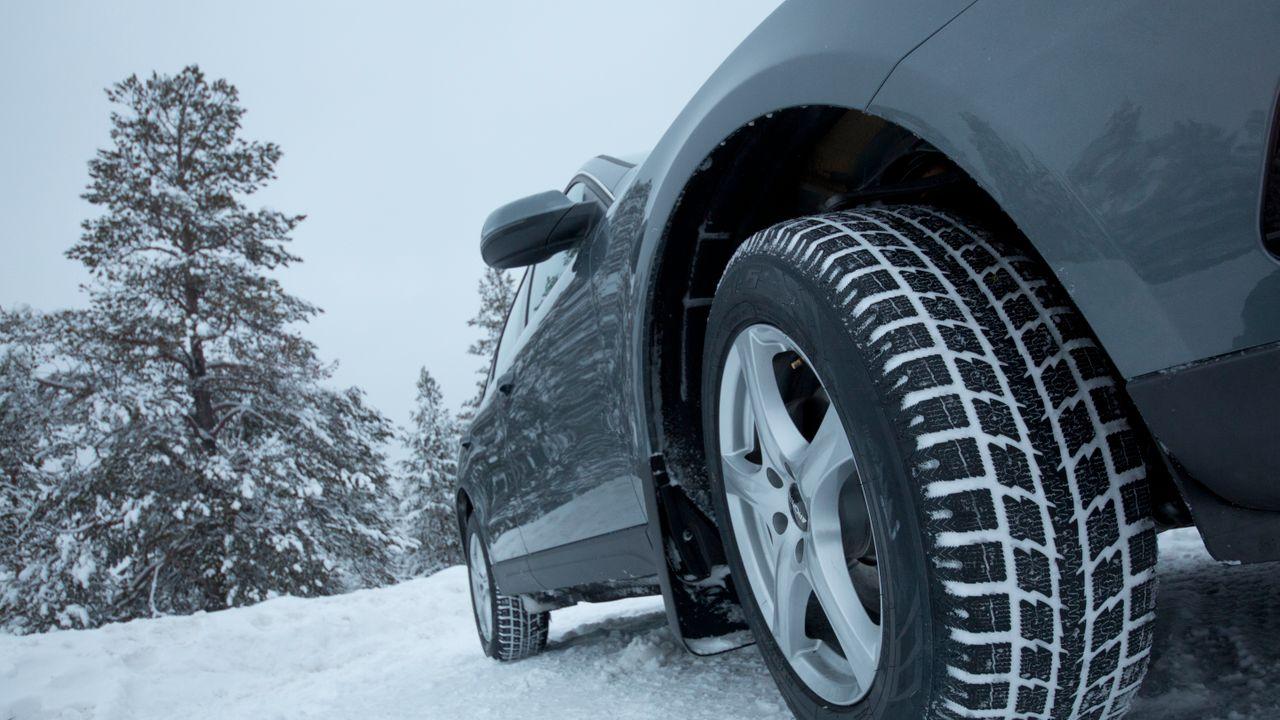 На какие показатели зимних шин нужно обращать внимание перед покупкой
